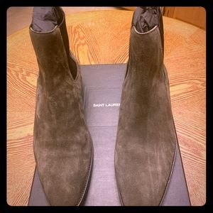 Saint Laurent Wyatt Chelsea Boots In Suede size 47